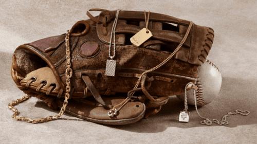 Tiffany & Co. lansează prima colecție de bijuterii pentru bărbați