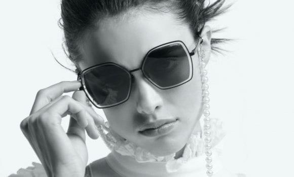 Chanel își adaptează atelierele pentru producția măștilor medicale