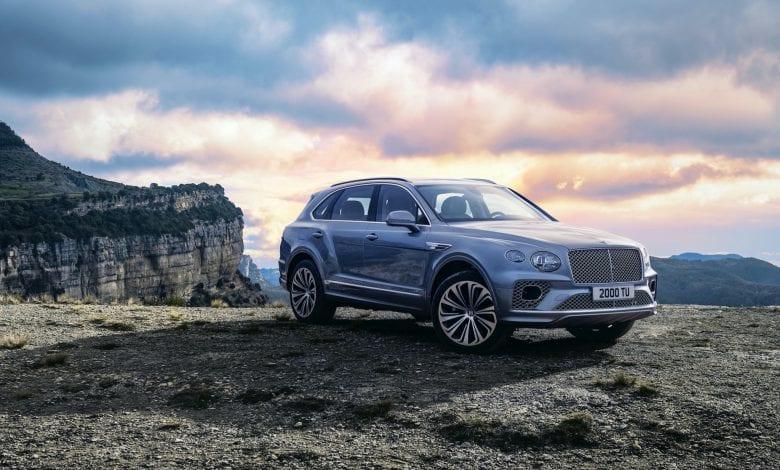 Bentley dezvăluie detalii despre noul SUV de lux Bentayga V8