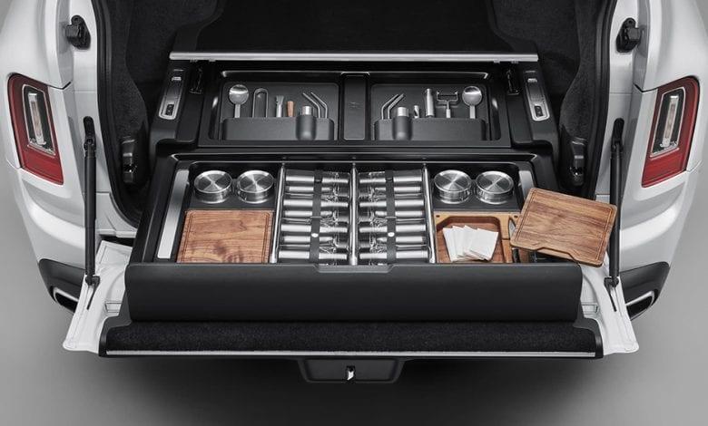 Rolls-Royce Cullinan are un portabaj de lux. Cum arată acesta și câte lucruri poți depozita