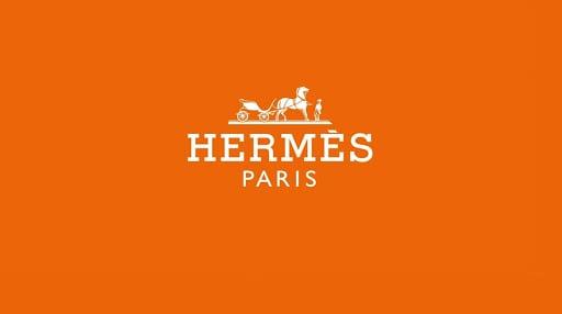 Hermès lansează accesorii în colaborare cu Apple: MagSafe și AirTag