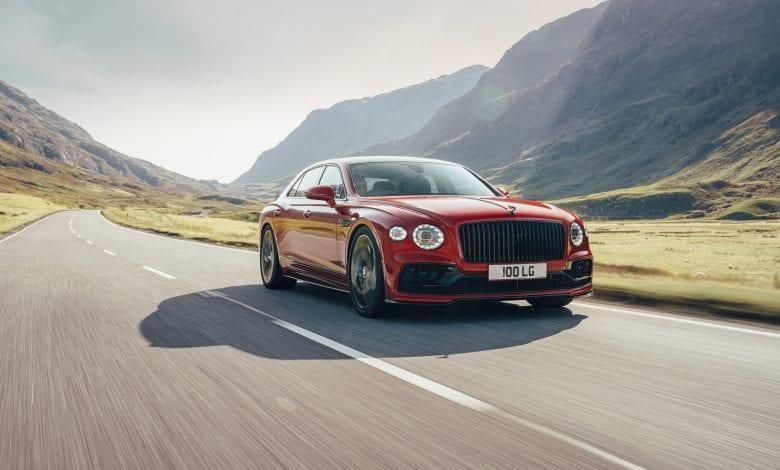 Bentley Flying Spur V8  Mulliner Blackline – Luxul autentic al celui mai bun sedan din lume